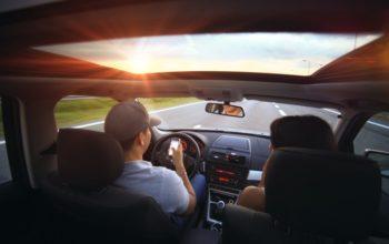 Jak się przygotować w podróż samochodem?