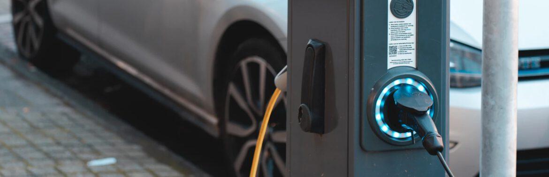Przewodnik po ładowaniu pojazdów elektrycznych - ładowarki samochodów elektrycznych
